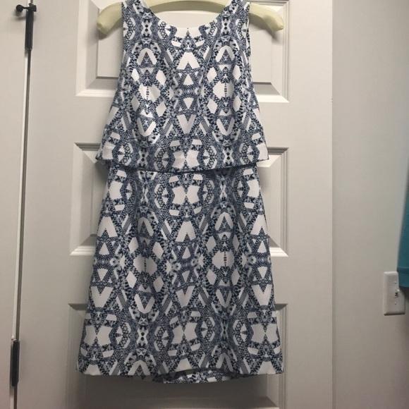 Banana Republic Dresses & Skirts - Banana Republic cocktail dress size 2P EUC